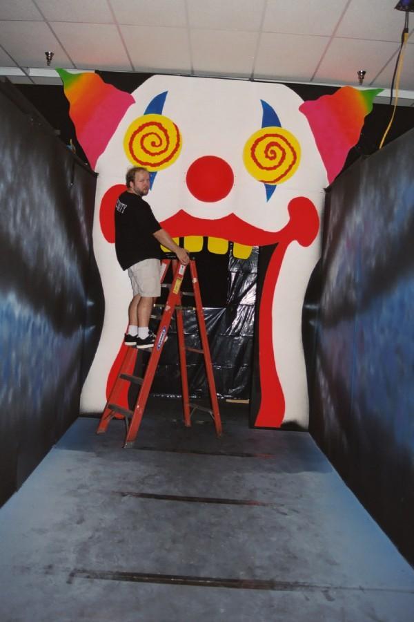 lin clown mouth