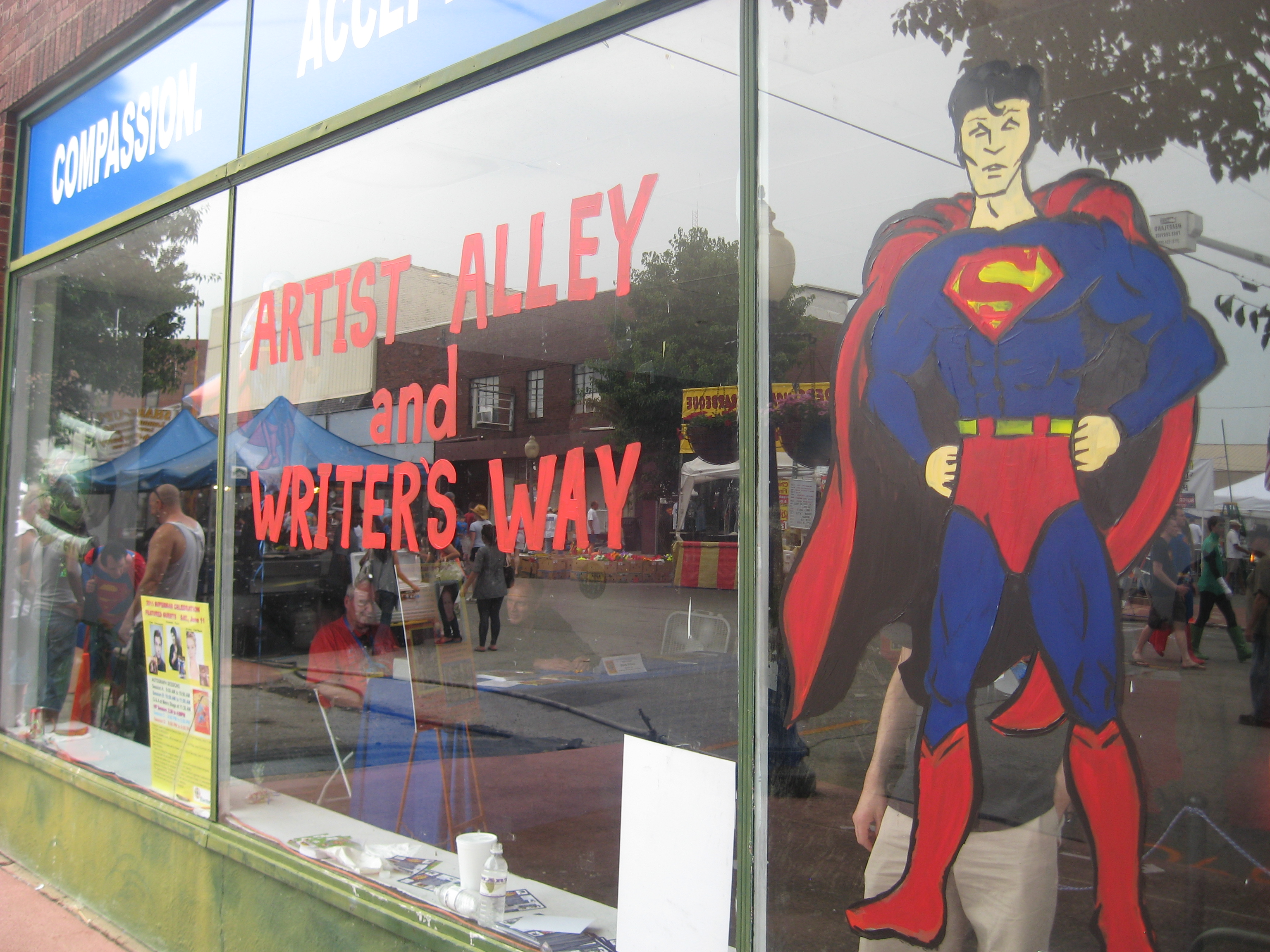 Super-sightings! Metropolis pt3…Artists Alley/Writers Way and Market Street